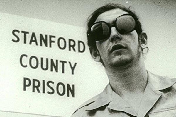 یکی از زندان بان ها در زندان استفورد
